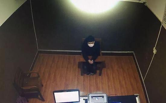 浙江一男子违反居家隔离规定并袭击民警被判9个月