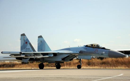 苏-35战斗机 (图源:法新社)