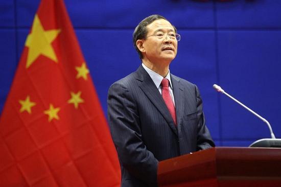 2017年12月11日上午,中国证监会党委书记、主席刘士余监誓。 本文图片均来自证监会网站