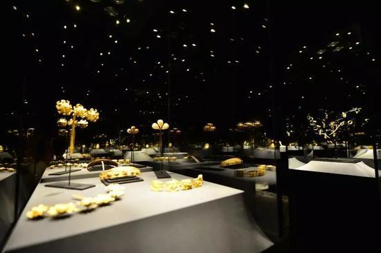 观复博物馆的金器馆