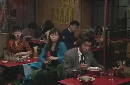 当年火遍亚洲的神剧《悠长假期》,男主角是木村拓哉。