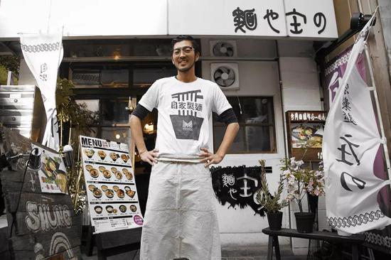 前不久,日本最大美食点评网食べログ盘点了2018年日本拉面店前100名。