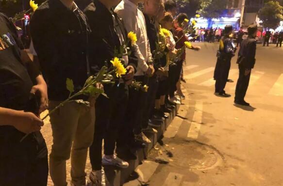 哈萨克斯坦坠机事故:已致15死