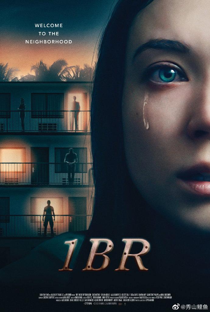 [星星][星星][星星],#夺命公寓# 【影评杂谈】 夺命公寓 1BR (2019) #惊悚电影#  由大卫•马默尔编剧和导演,妮可•布莱登•布鲁姆、基尔斯•马特蒂、泰勒•尼科斯等主演。2020年4月美国上映的新片,豆瓣评分6.1 ,IMDB评分5.8 。一个格局不大的反乌托邦故事,在当今世界极左、极右 