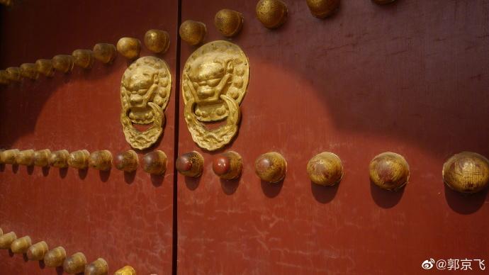 #京彩e品##点赞京城##奋斗2020#北京是我的家乡,有我很多记忆中的故事。2020年你在北京有哪些故事,快来说给我听吧 ~ 