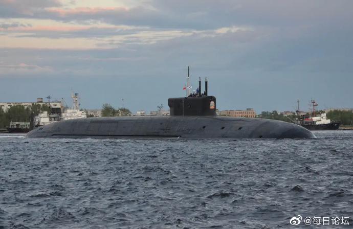 #军事战役# 美军大西洋演练反潜作战,领先中俄反潜战,中国如何破局#军事实力#   潜艇作为水下打击的幽灵,一直则是各国在反潜战最头疼的难题,而且强大如美军军事力量在面对水下幽灵也是相当困扰,最根本则是潜艇隐蔽性相对水面舰艇和空中战机更难捕捉,再加上海洋背景噪音存在情况,导致潜艇隐蔽性增 