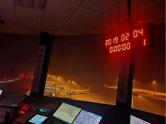 bob在线:泸州新机场首个春运交出18.5万人次成绩单