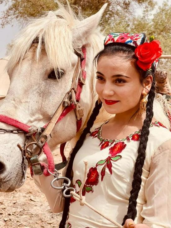 2021第九届中华金马奖系列活动在新疆巴楚落下帷幕