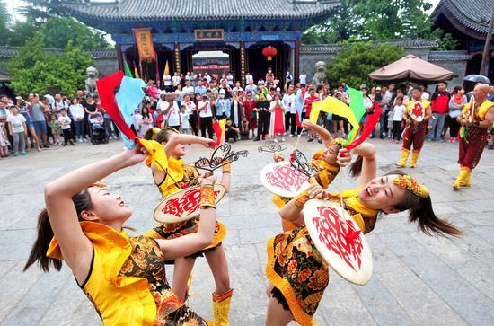 台儿庄古城荣获2018年度《中国国家旅游》最受读者喜爱的古镇