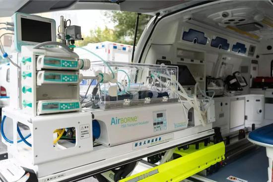 上海新生儿救护专用车亮相 明年底前全市配置26辆