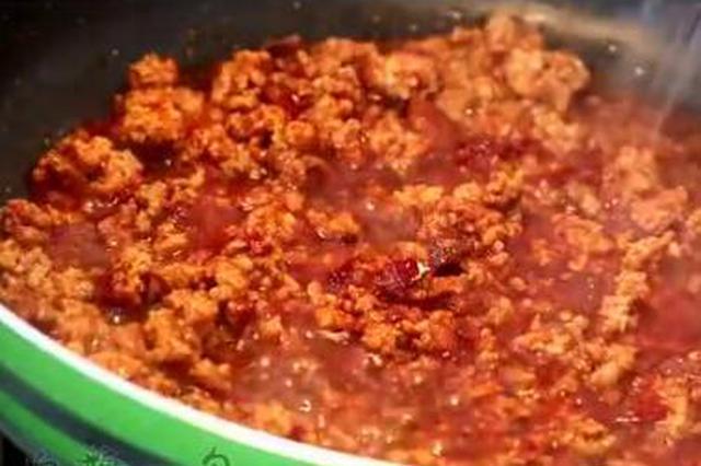 美味肉酱面的做法