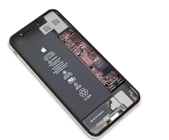 苹果新机iPhone 11 主板谍照曝光 或将回归长方形设计