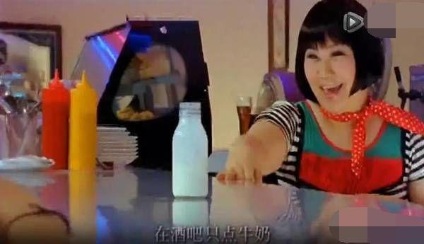 赵丽颖对助理像亲姐妹,你见过有伺候助理的明星吗?