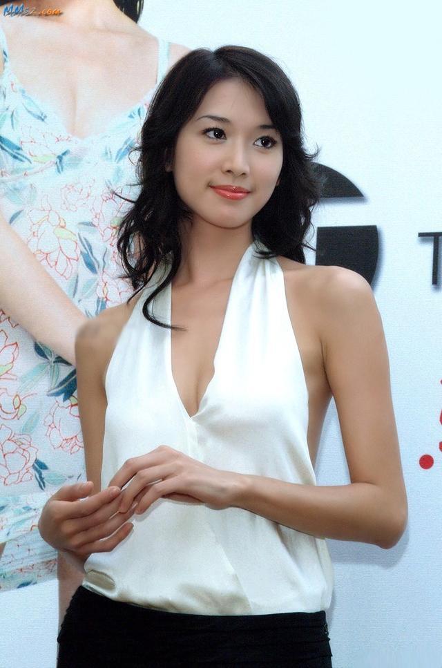 台湾第一名模,拍美容广告而爆红,被贬有颜值没演技
