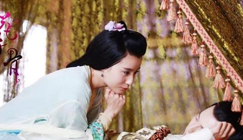 赵丽颖闺蜜演技颜值双在线,鲍天琦差到只能打酱油?