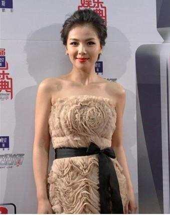 刘涛没实力还能跻身一线,看看她微博,处处充满套路