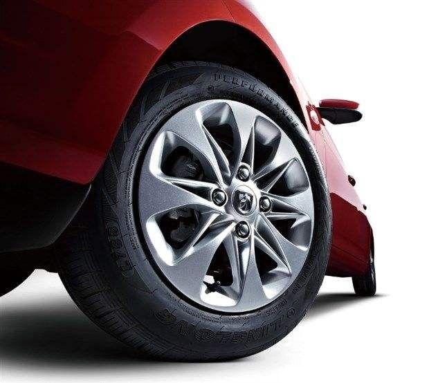 日系車與德系車穩定性哪個更高?