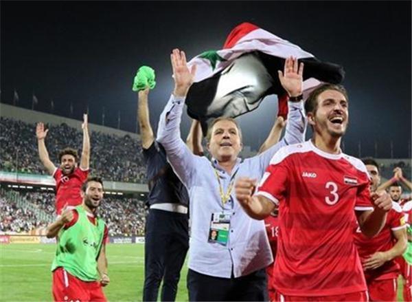 国际足联打压中国队!国足被伊朗假球害惨,无缘
