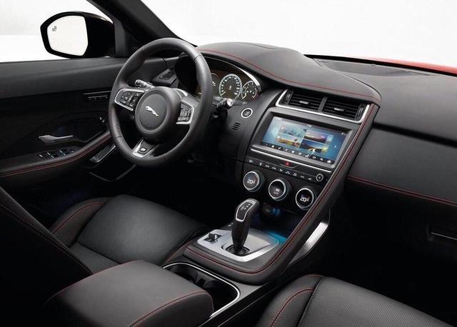 宝马X1的死对头,国产后25万起售。全系配四驱还要啥三缸?