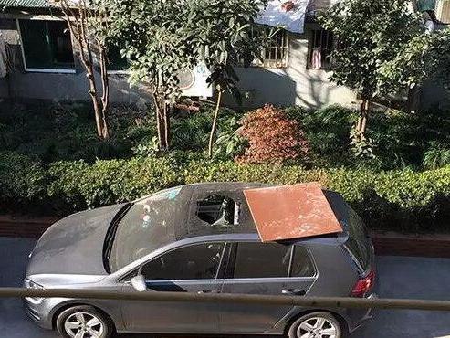 车停好后,经常回来发现车被刮?聪明的车主都这样做