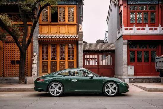 传承与创新,千年不变青蛙脸,保时捷911百万纪念版亮相上海