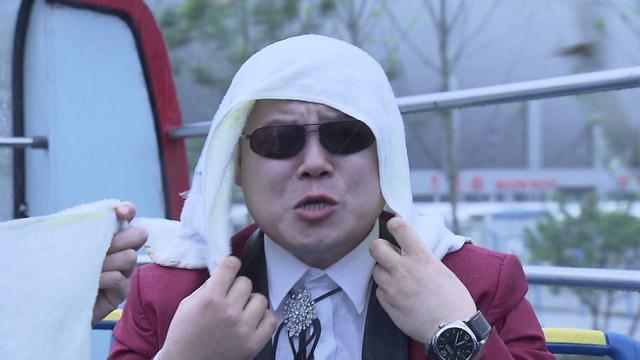 岳云鹏一年赚3000万,给5个姐姐买车买房,网友:情深义重!
