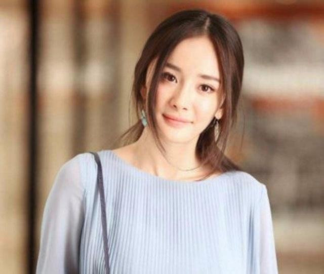 求色女视频_棕色系发色女明星,董子健老婆孙怡上榜,赵丽颖却被她秒杀?