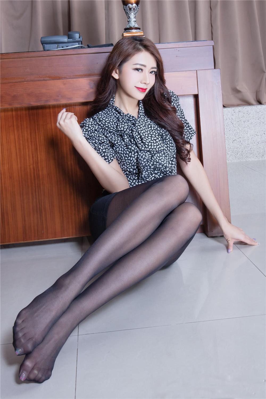 丝袜美图网站_腿模Jennifer丝袜美腿性感写真 腿模 丝袜 美腿_新浪网
