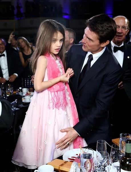 兩個在爸爸懷里長大的公主,小七越抱越沉,阿湯哥的蘇瑞美翻了圖片
