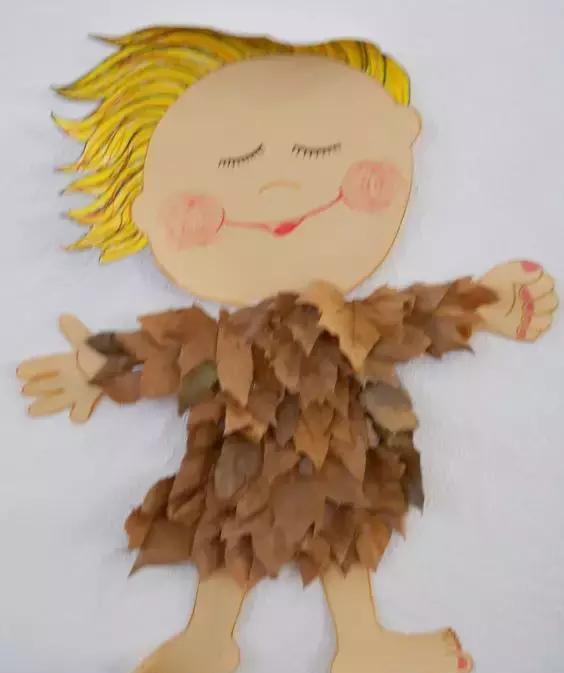 幼儿园树叶粘贴画,快来展示你的创意!