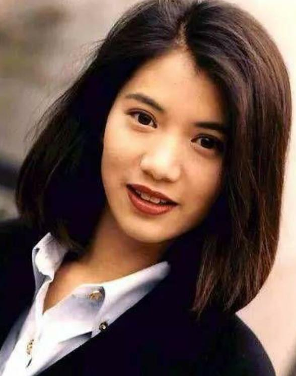 香港80年代美女明星_80年代香港的十大美女明星,美的仪态万千,比现在的女明星美多了