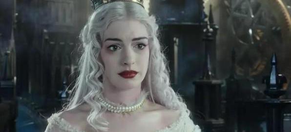 迪士尼《爱丽丝梦游仙境》中白皇后那些不可告人的秘密