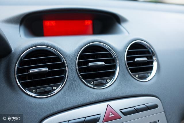 汽車在使用過程中,應按保養維護規定清潔空氣濾清器