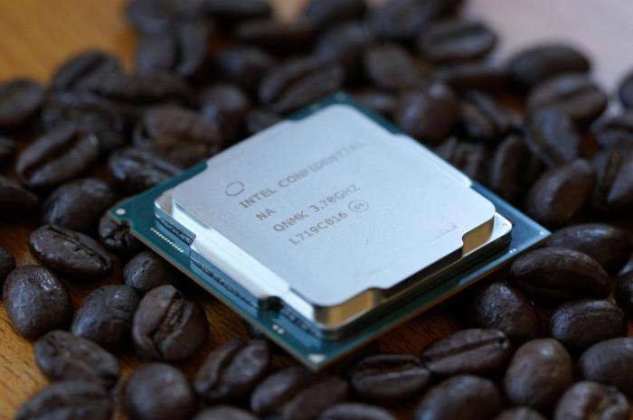 Intel扔掉牙膏:史上首款笔记本六核心走近的照片 - 1