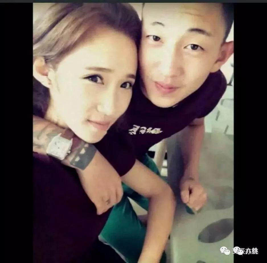 照相秀�_李耀阳前女友被扒,二人甜蜜拍照秀恩爱.\