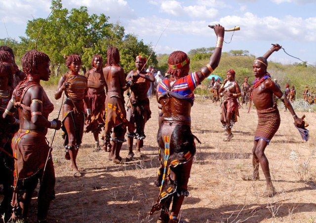 一女多男成人小�_非洲特别的\