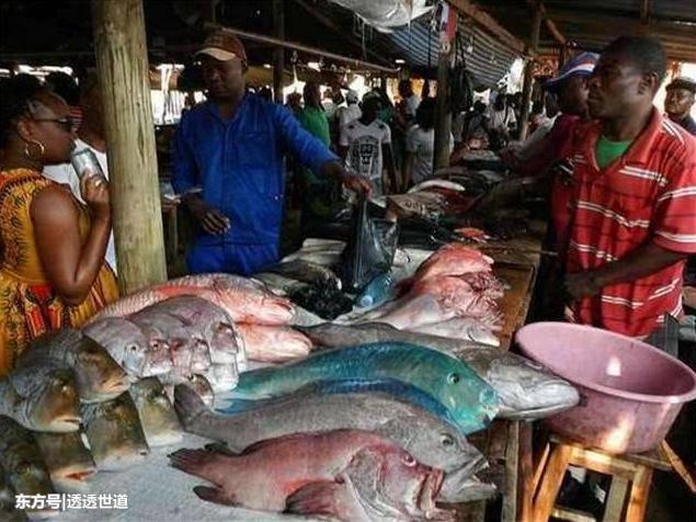 偷拍非洲人_非洲人穷的只能吃海鲜, 中国吃货: 别拦我, 我要去非洲当穷人
