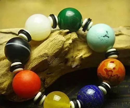 珠宝搭配绝对不能有的5个坏习惯!不改掉就等着被人笑吧……