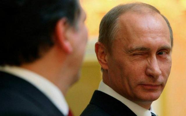 俄罗斯主战坦克_俄罗斯主动降价69亿,亚洲大国终于下定决心,美国说什么都不好使