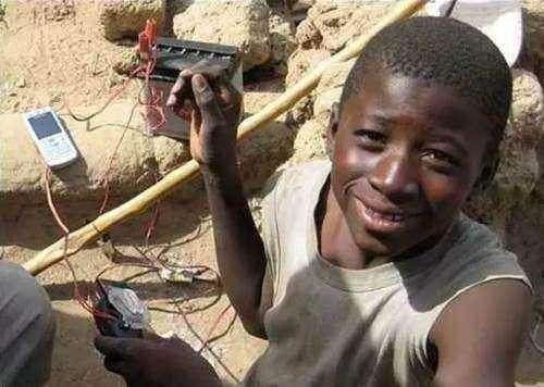 偷拍非洲人_为什么网上都说非洲人很懒?连种子都吃,还是有别的原因?