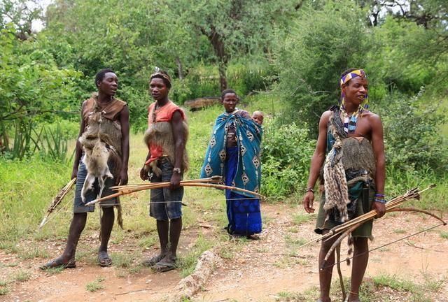 原始女人_男人的天堂,最原始的部落,女人不能拒绝男人的任何要求