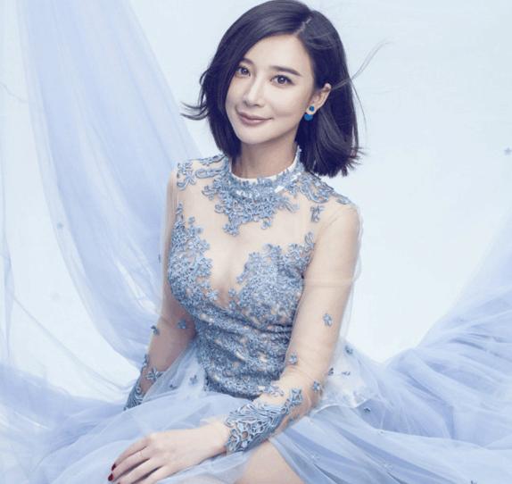 重庆美女明星_盘点娱乐圈从重庆走出来的10大明星: 各个都是美女你最喜欢谁?