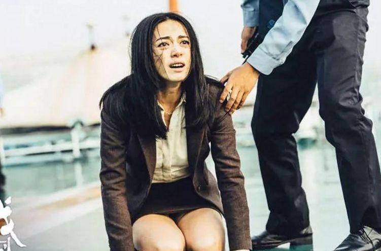 喜提白玉兰的马伊琍,真是一个不舒服才过瘾的girl啊