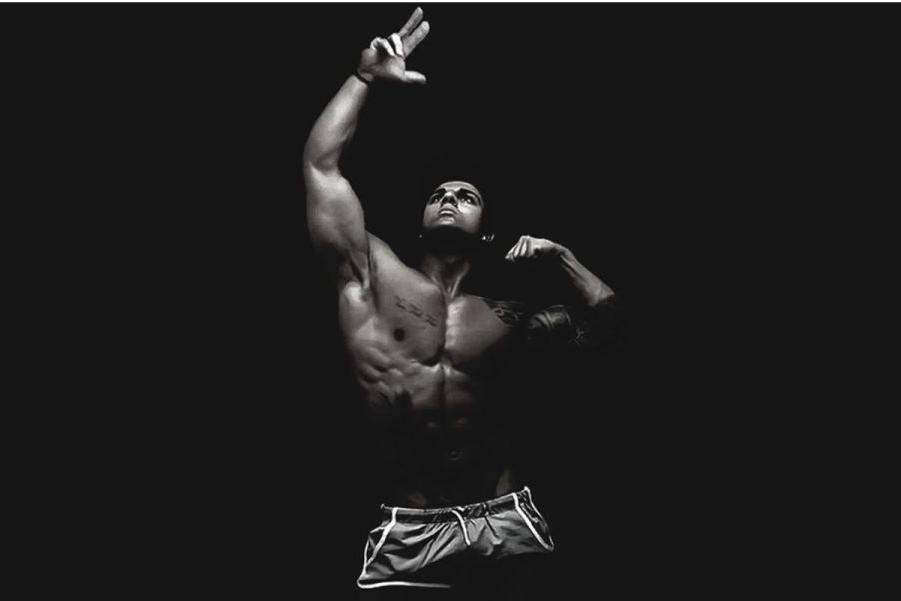 人体模特露逼囹�a_最牛逼却最短命的健身模特 拉扎尔都是他的粉丝!
