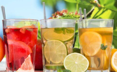 夏季饮料不宜喝多,消暑可这几种花茶