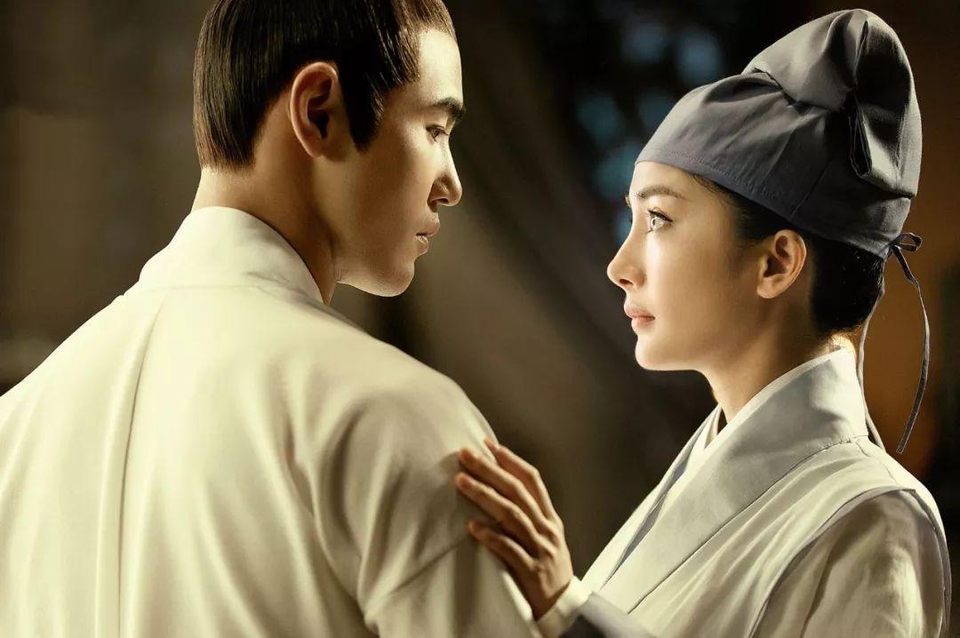 她發際線回歸,顏值卻被李宇春碾壓,與劉愷威感情成謎?圖片
