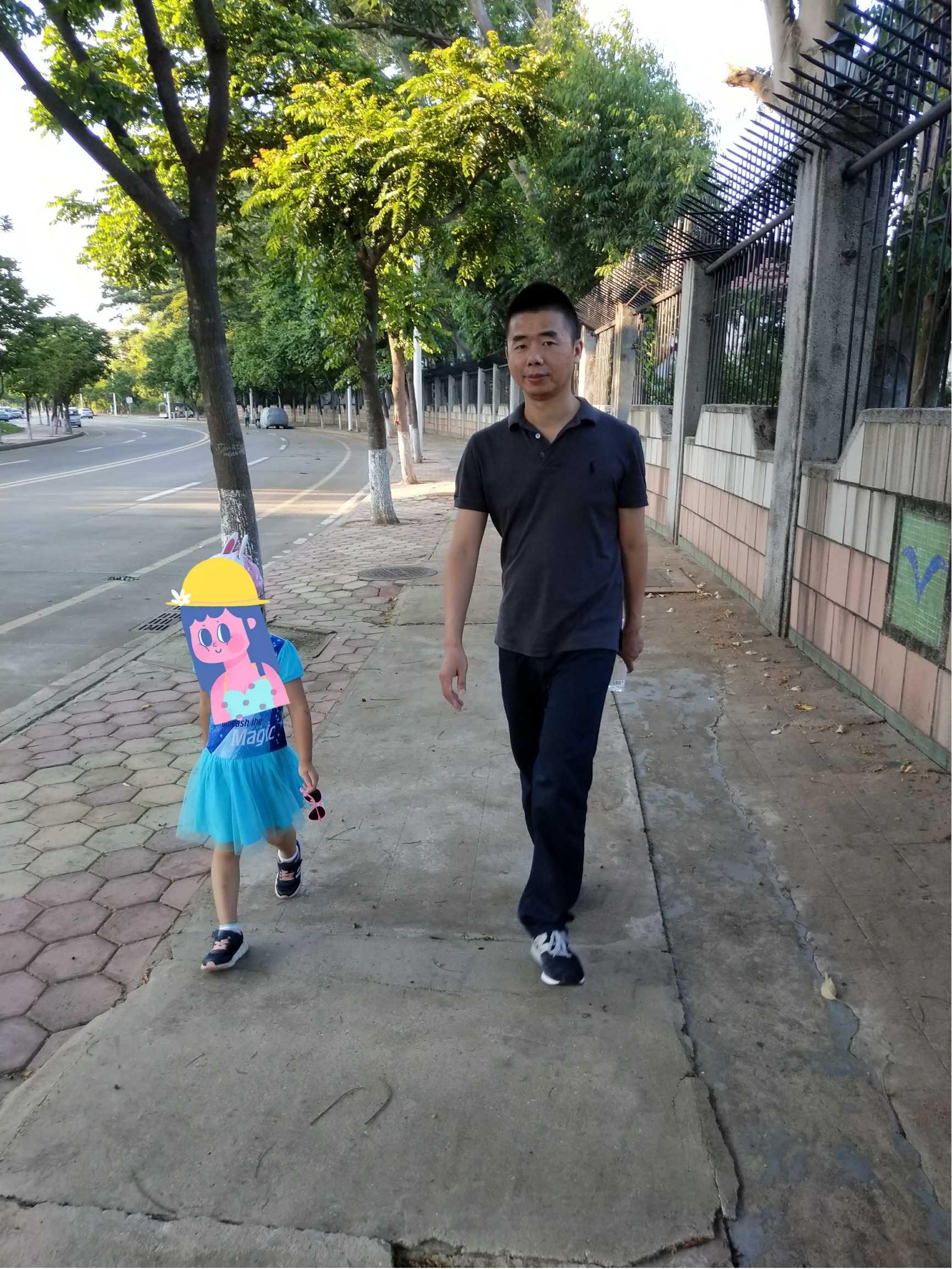 黄章罕见自曝生活照 网友:珠海陈小春的照片 - 3