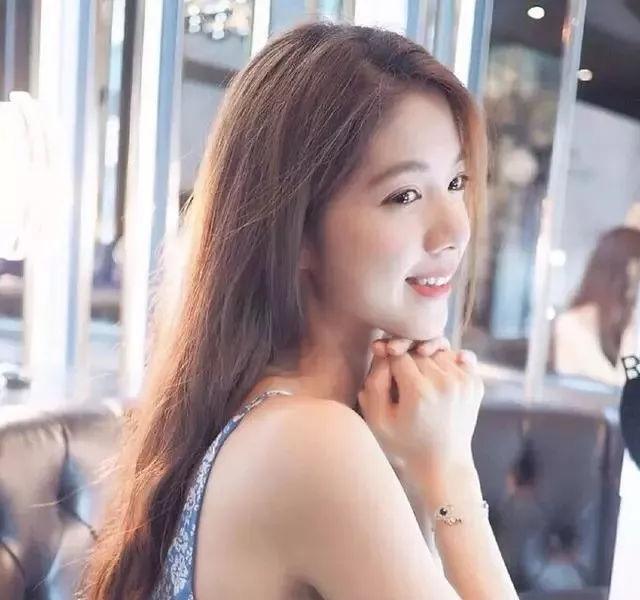 李宗瑞��in:)�h�_2012年,吴亚馨因被卷入李宗瑞迷奸案而宣布暂别演艺圈 .