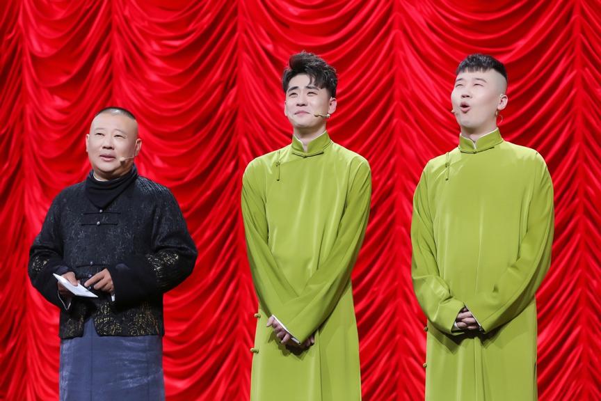 《欢乐喜剧人5》张云雷张鹤伦同台厮杀战斗力爆表