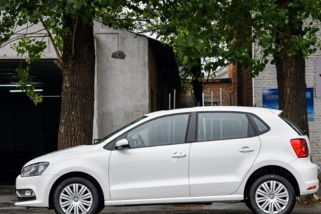 大众车女士车_2018款大众小菠萝,落地十万左右,家用实用车-新浪车
